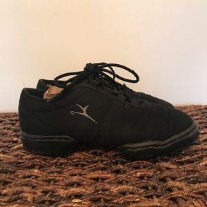 Capezio dance shoe / sneaker